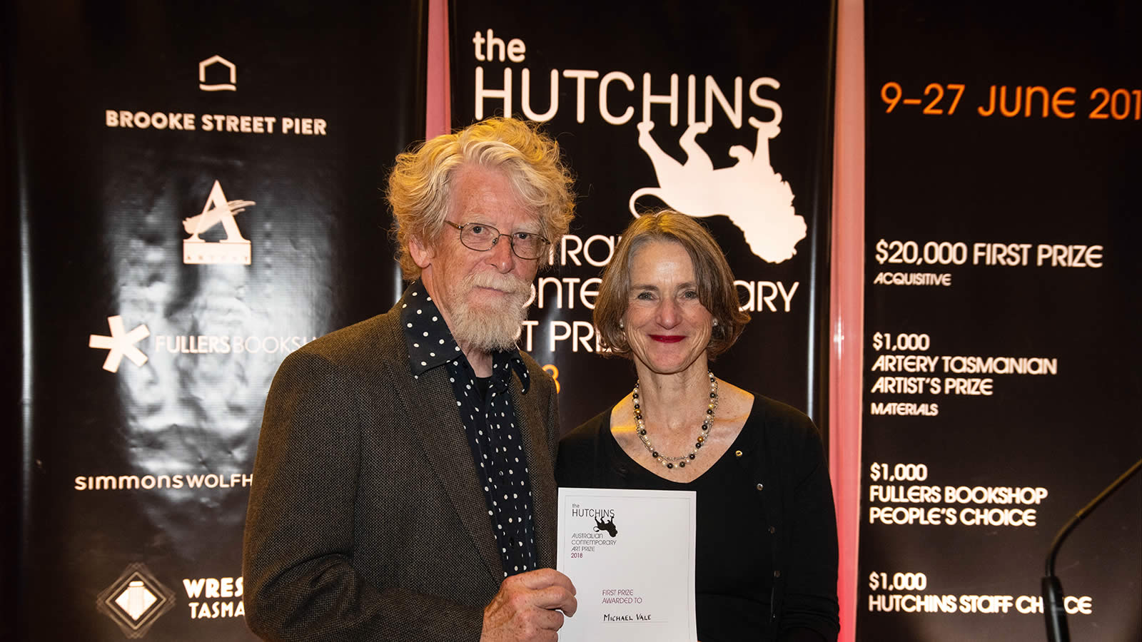 2018 Hutchins Art Prize Winner Michael Vale with Her Excellency Professor the Honourable Kate Warner AC Governor of Tasmania. Photo by Alastair Bett.