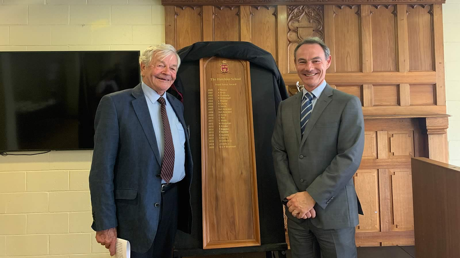 David Brammall ('56) with Headmaster, Dr Rob McEwan