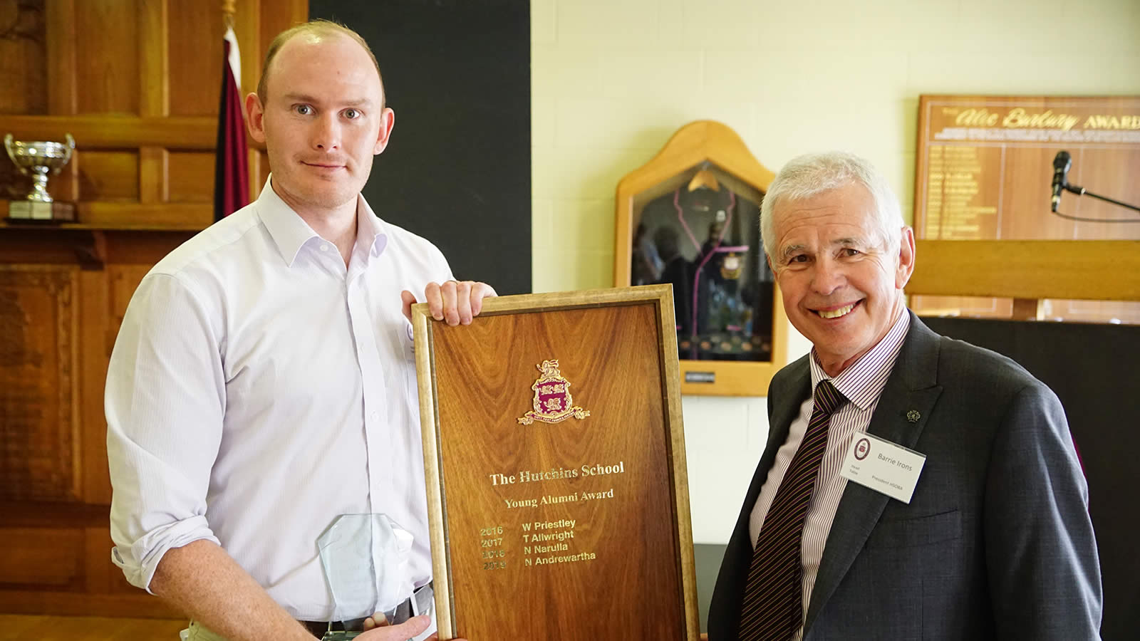 Young Alumni Award winner Nick Andrewartha ('06) with President of the HSOBA Mr Barrie Irons.